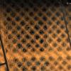 Je dois chercher le nom de ce treilli en bois contre une ferme pour mettre le bois de feu _DSC5294co72pixels_nom